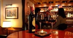 American Bar Tarnowska's a Venezia dietro La Fenice