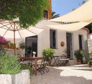 La Petite Maison, b&b a Menton in Francia