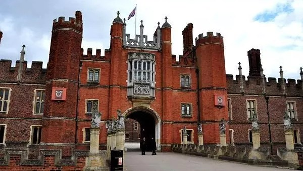 Londra e i ghost tours: Hampton Court Palace