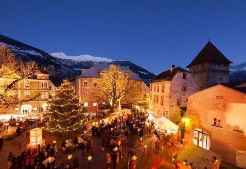 Mercatini Natale Livigno.Mercatini Di Natale Di Livigno In Provincia Di Sondrio