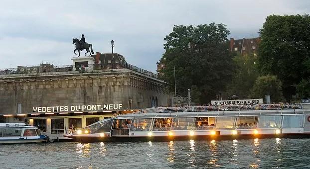 Les Vedettes du Pont Neuf, crociera sulla Senna low cost
