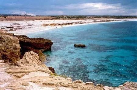 Le 10 spiagge più belle in Italia e poco fuori consigliate per le donne