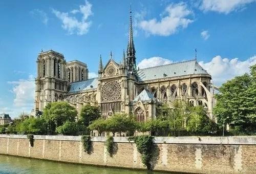 Notre-Dame di Parigi, 850 anni e il 2013 si festeggia