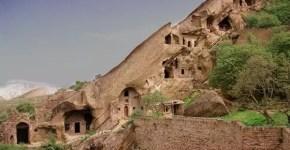 David Gareja, in Georgia, un monastero scavato nella roccia