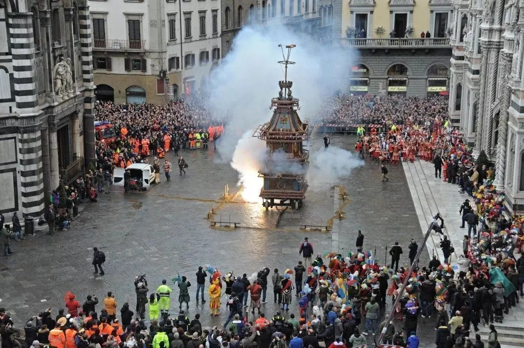 FLORENCE: EXPLOSION OF THE CART