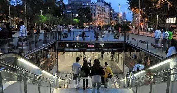 metro-barcelona-a-piedi