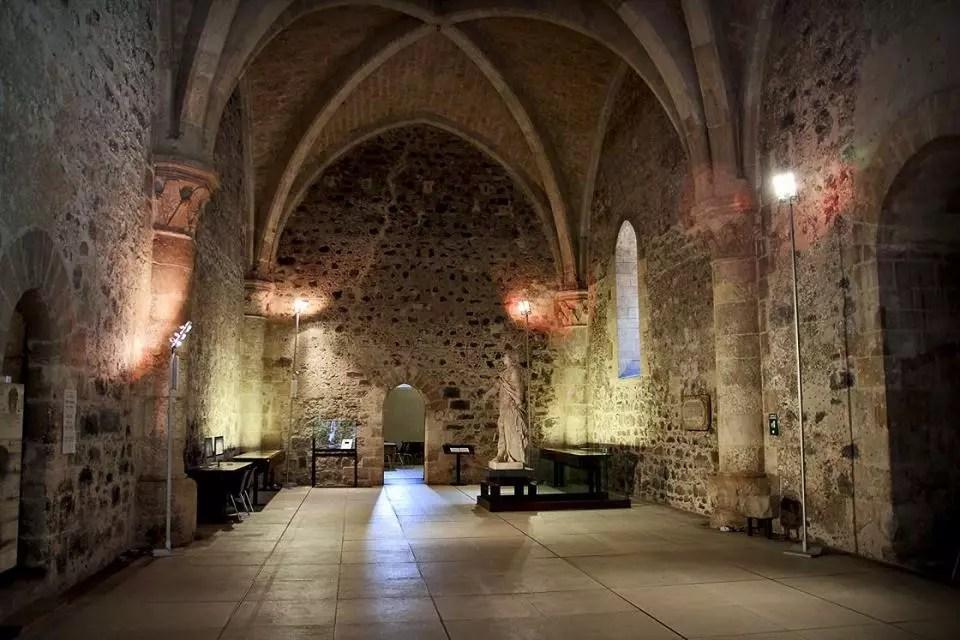 catania-castello-ursino-interno