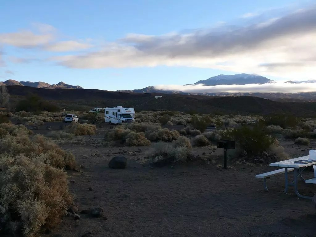 death-valley-camping