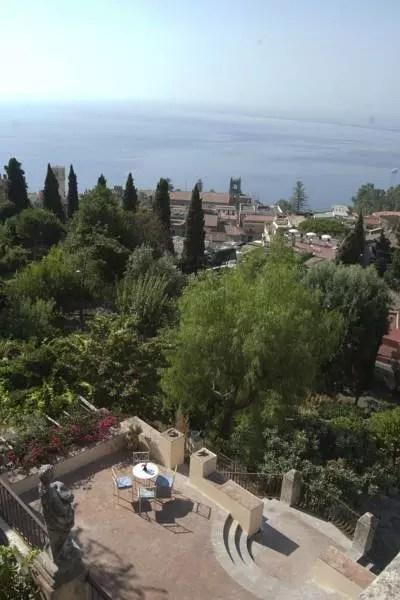 taormina-casa-cuseni-vista