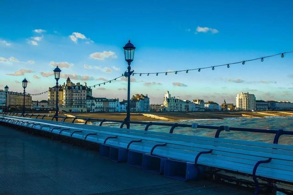 eastbourne-pier-996922_1280