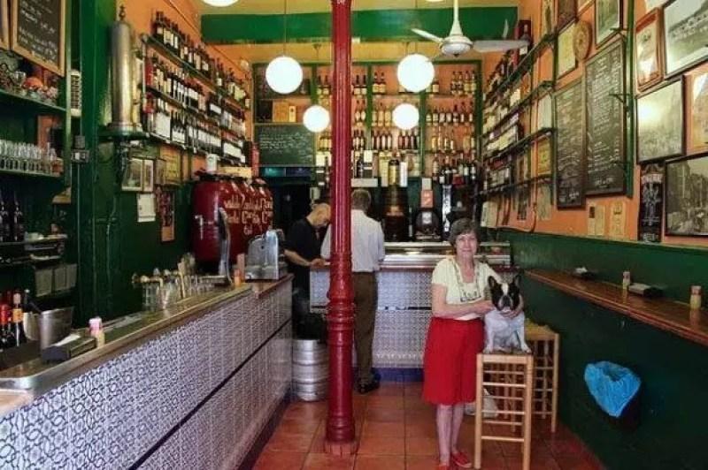 madrid-Almacen de Vinos Taberna Casa Gerardos