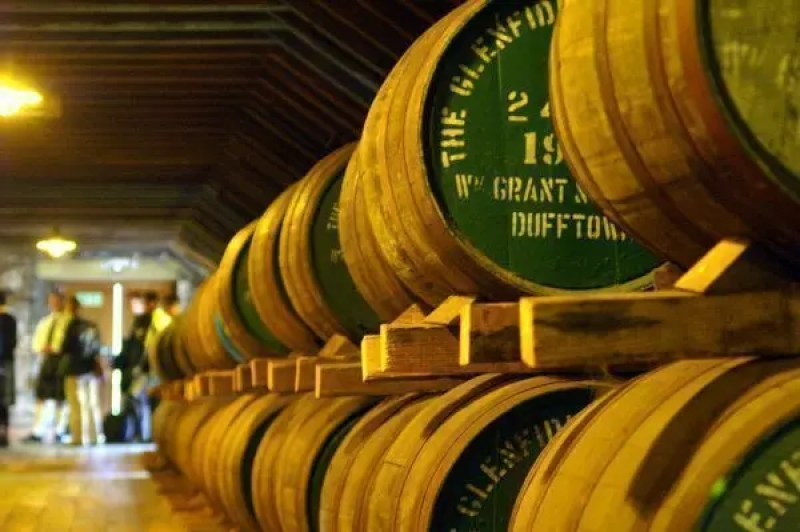 scozia-tour-botti-distilleria