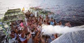 Ibiza: feste in barca da non perdere e non solo