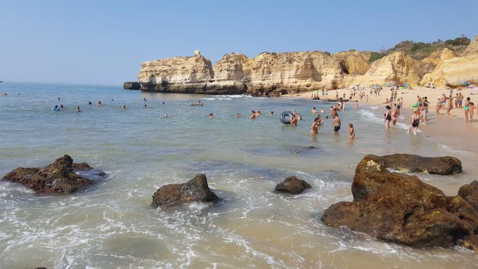 la spiaggia san rafael ad albufeira in algarve