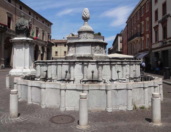 rimini culturale fontana della pigna