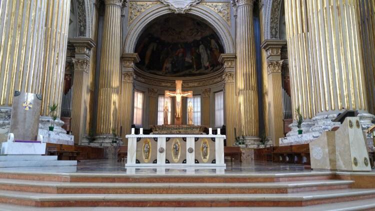 cattedrale centro storico di bologna