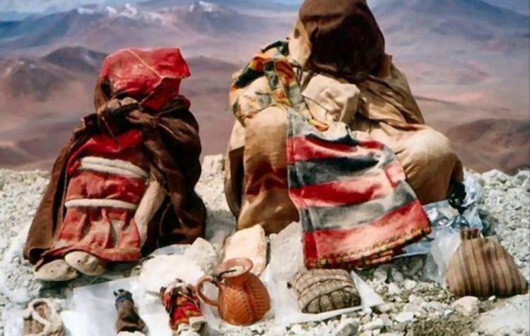 niños del llullaillaco al museo archeologico d'alta montagna