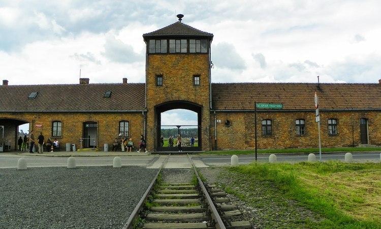 ferrovia auschwitz