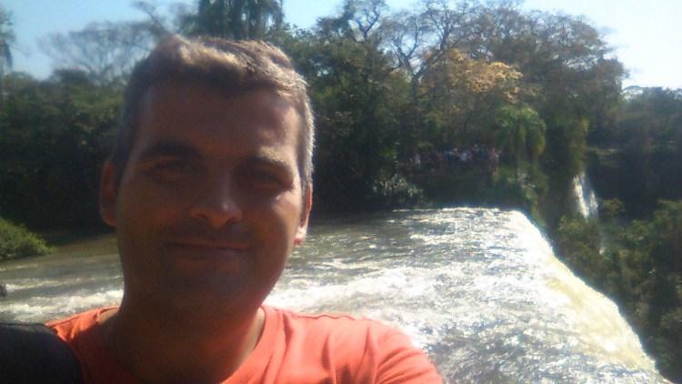 un selfie alle cataratas del iguazú