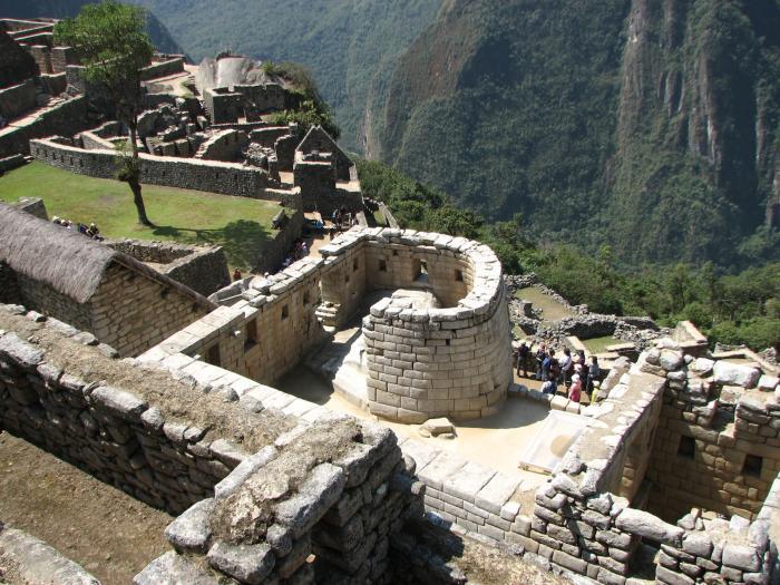 templo del sol all'interno del sito archeologico del machu picchu
