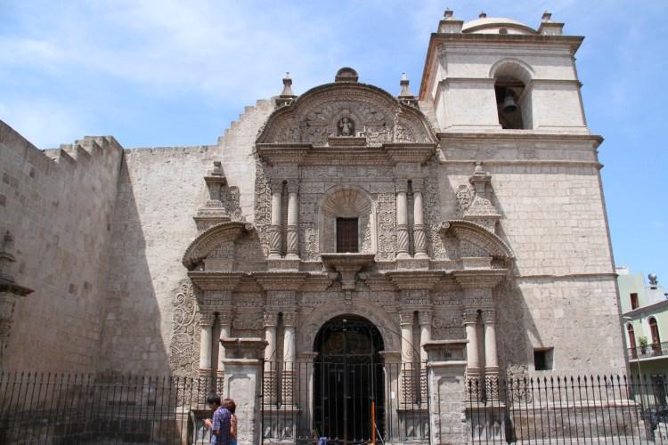 iglesia de la compañía nella plaza de armas de arequipa