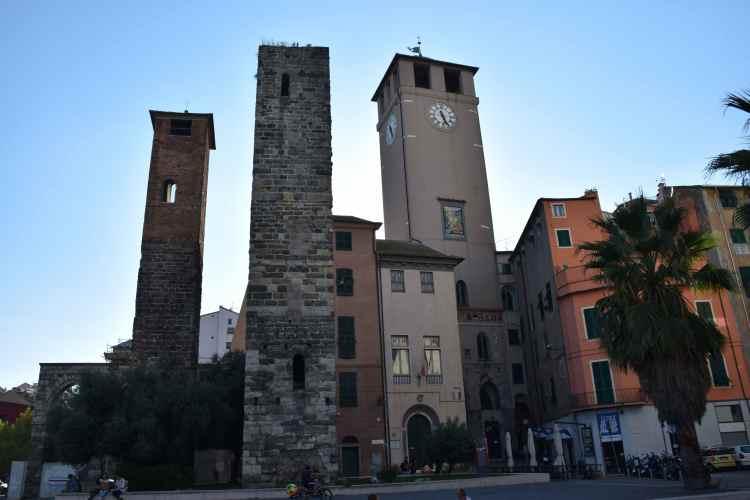 la torre del brandale nel centro storico di Savona