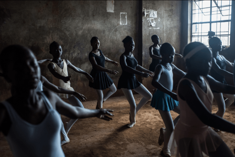 Sony World Photography Awards | Slum Ballet del fotografo Fredrik Lerneryd