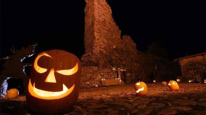 tante zucche per halloween a triora