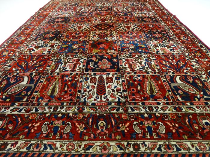 i tappeti persiani rappresentano i giardini persiani