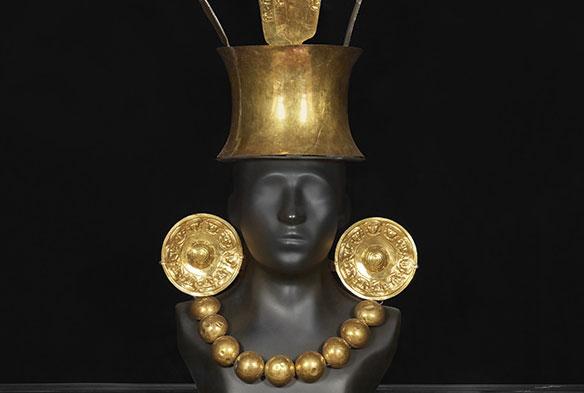 un oggetto prezioso nella sala 12 del museo larco