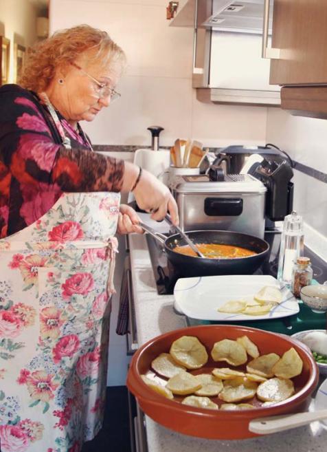 bacalao a la antigua nel recetario madrileño de amas de casa