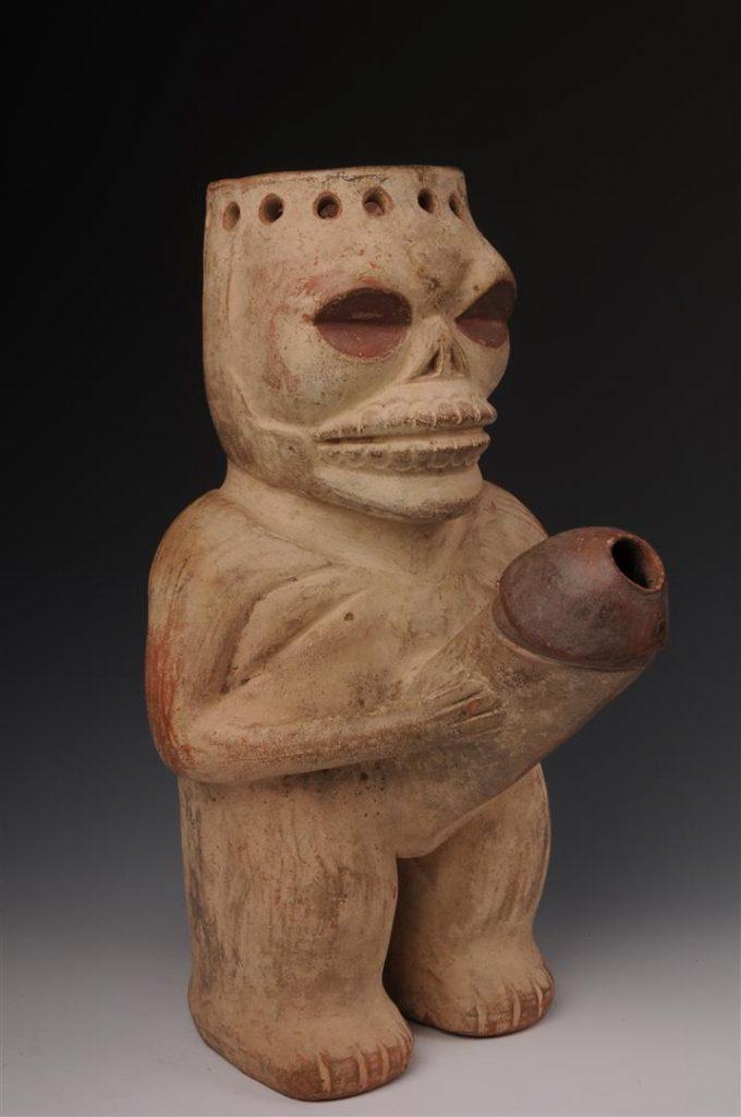 Ancestro Mochica esposto alla sala erotica del Museo Larco