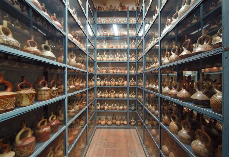 i depositi visitabili del museo larco