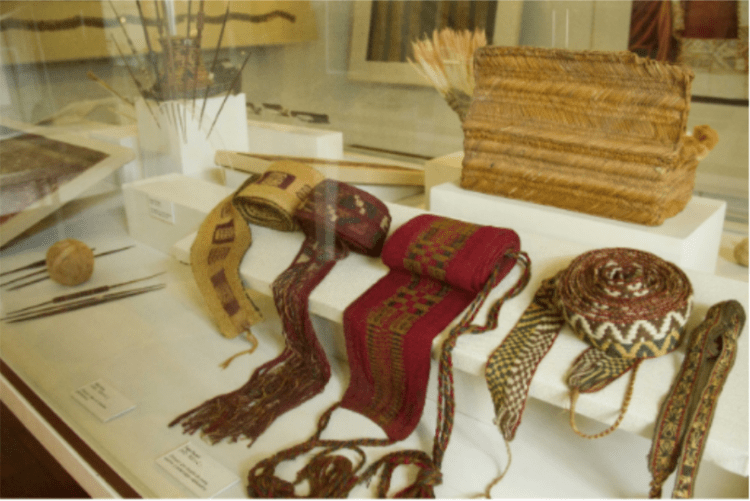 sala texiles museo dei minerali andrés del castillo