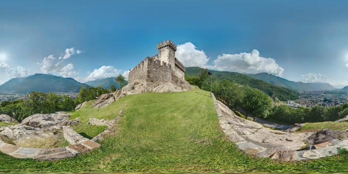 il castello di sasso corbaro a Bellinzona nel Canton Ticino