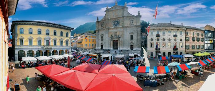 il mercato di Bellinzona nel Canton Ticino