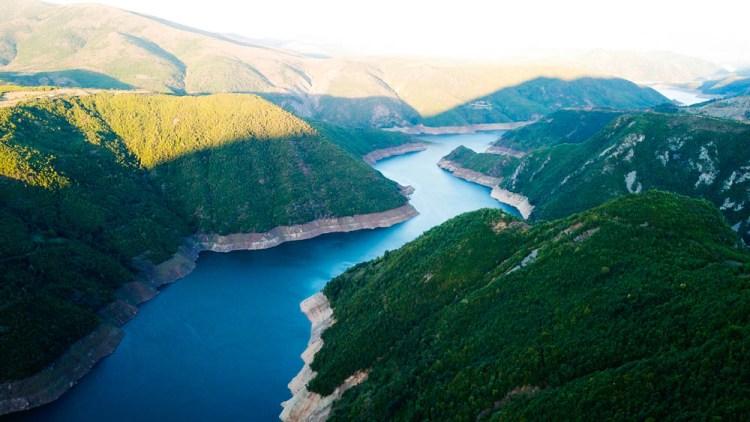 il parco nazionale di valbona nel cuore delle alpi albanesi
