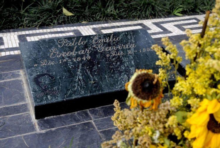 la tomba di pablo escobar gavira