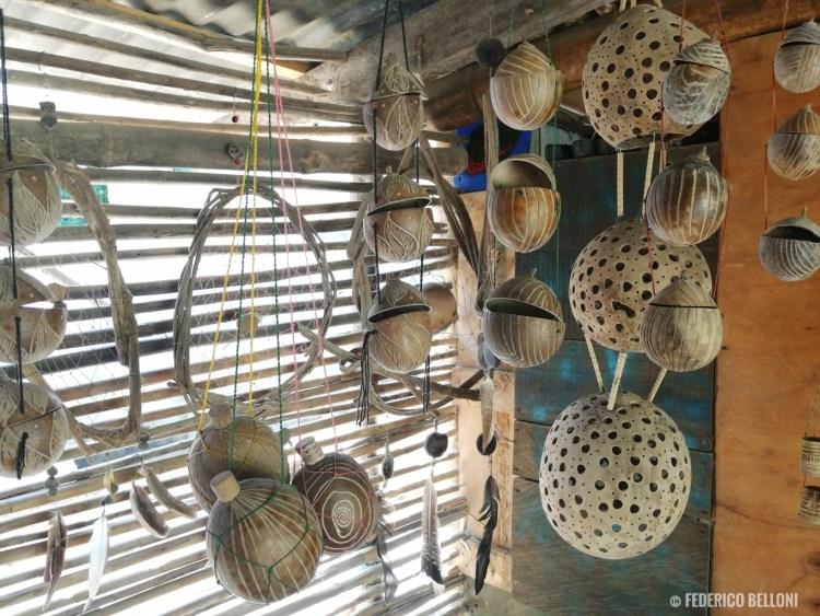 artigianato tipico locale a Palomino, Colombia
