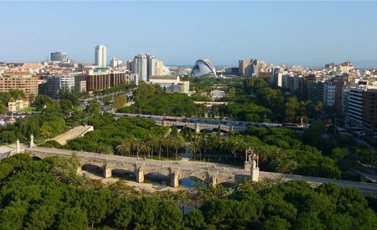 vista da uno dei punti del jardin del turia