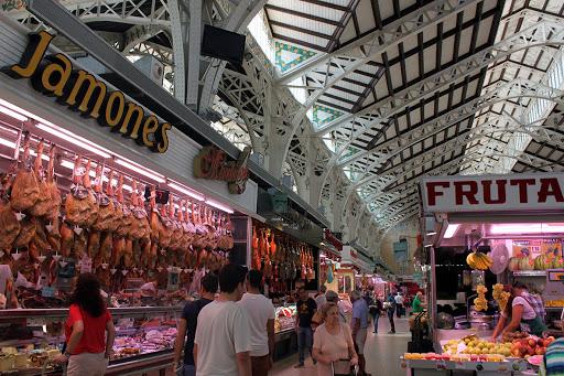 il mercado municipal de mossén sorell  di valencia
