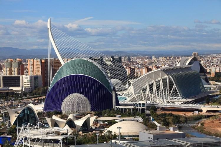 La città delle arti e delle scienze dell'architetto calatrava a valencia