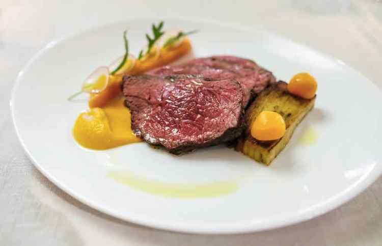 una tipica ricetta trentina a base di carne salada