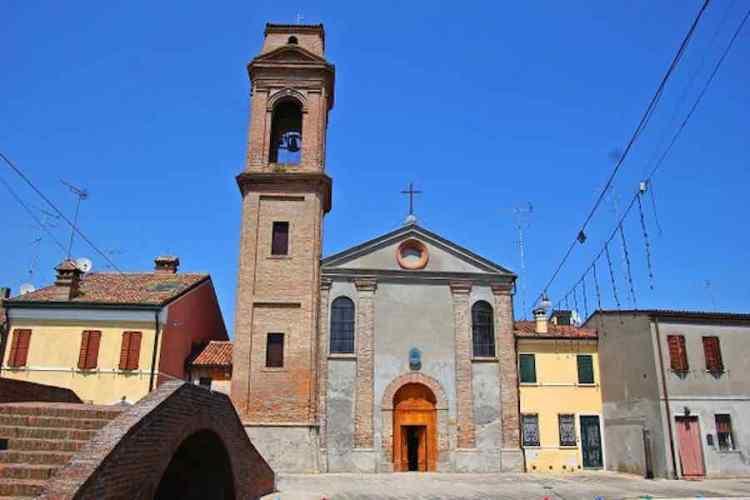 la chiesa del carmine di comacchio