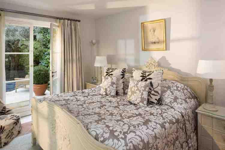 una camera de la bastide de Saint-Tropez, uno dei migliori hotel a saint tropez