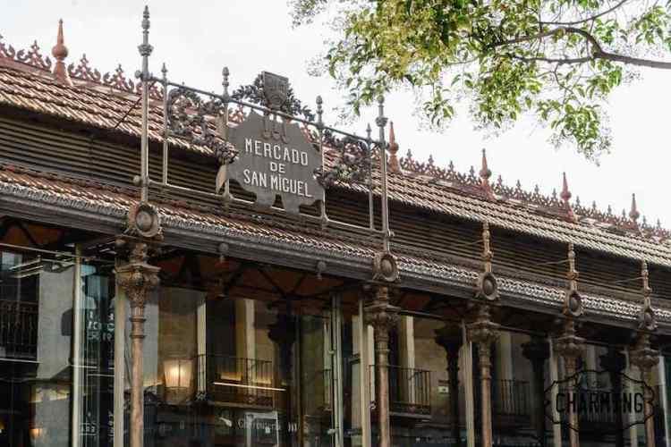 Mercado de San Miguel, il luogo tipico dove mangiare a madrid