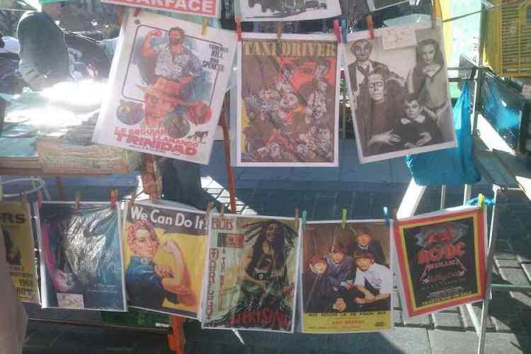 locandine vintage di vecchi film al rastro di madrid