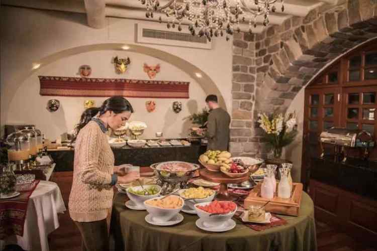 il breakfast dell'aranwa cuzco boutique hotel