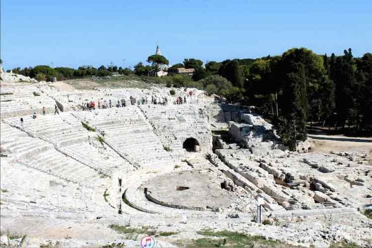 il teatro greco di siracusa sicilia