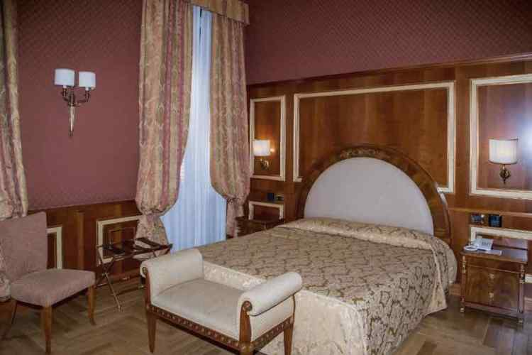 una camera dell'hotel livingston a siracusa sicilia